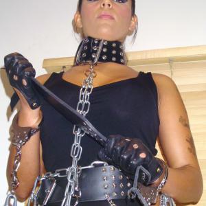 Mistress_Mona